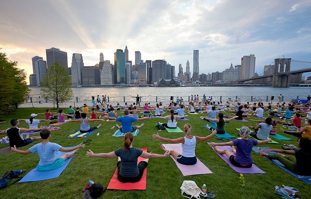 NYC outdoor yoga dance game free events